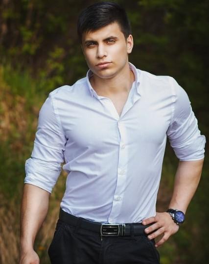 Роман Бекмурадов